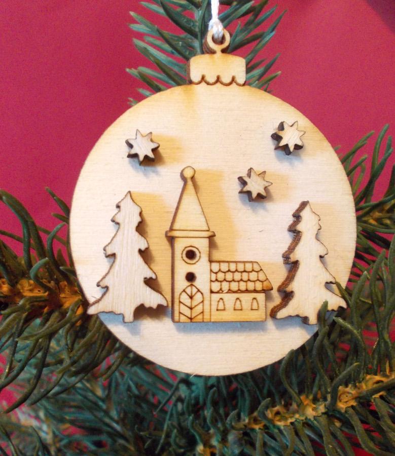 Weihnachtsdeko aus Holz oder Papier